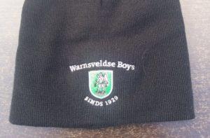 Zwarte muts met Warnsveldse Boys logo